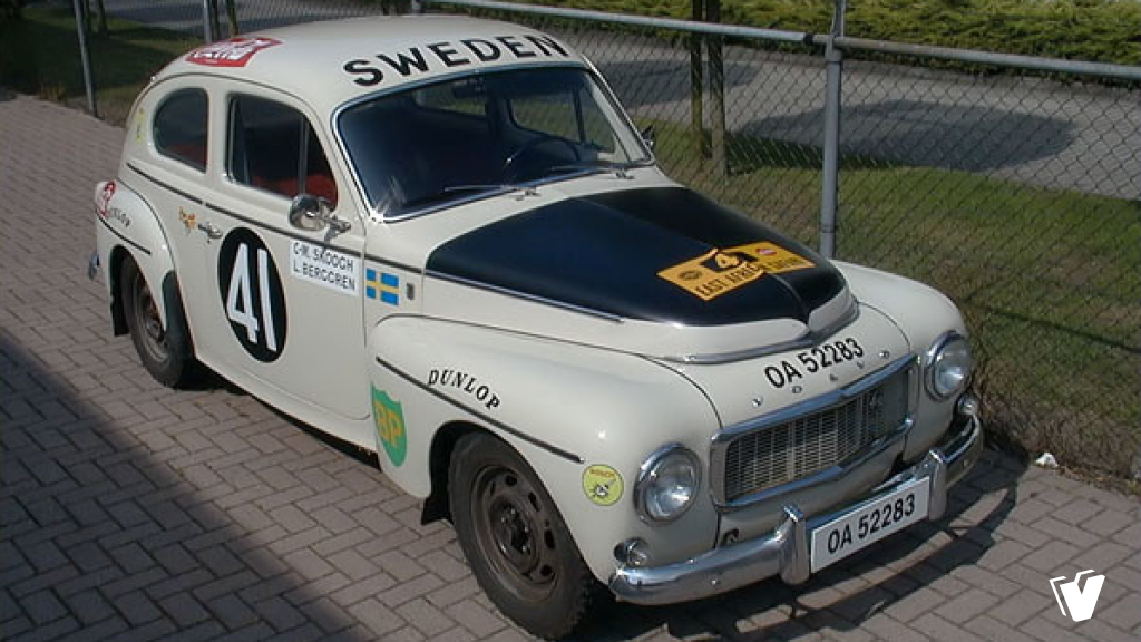 Striping en belettering Volvo PV544 Sport East African Safari Rally, exacte replica