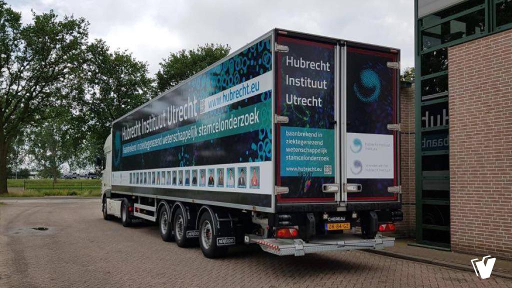 Belettering vrachtwagen Hubrecht Instituut Utrecht